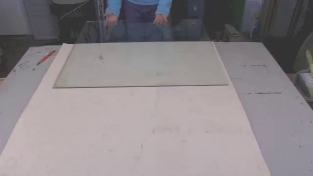 Cutting art glass sheets by banging over bench